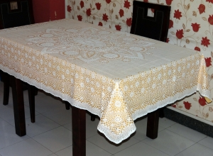"52"" x 72"" Crosia Lace Vinyl Dining Tablecloth (Gold)"